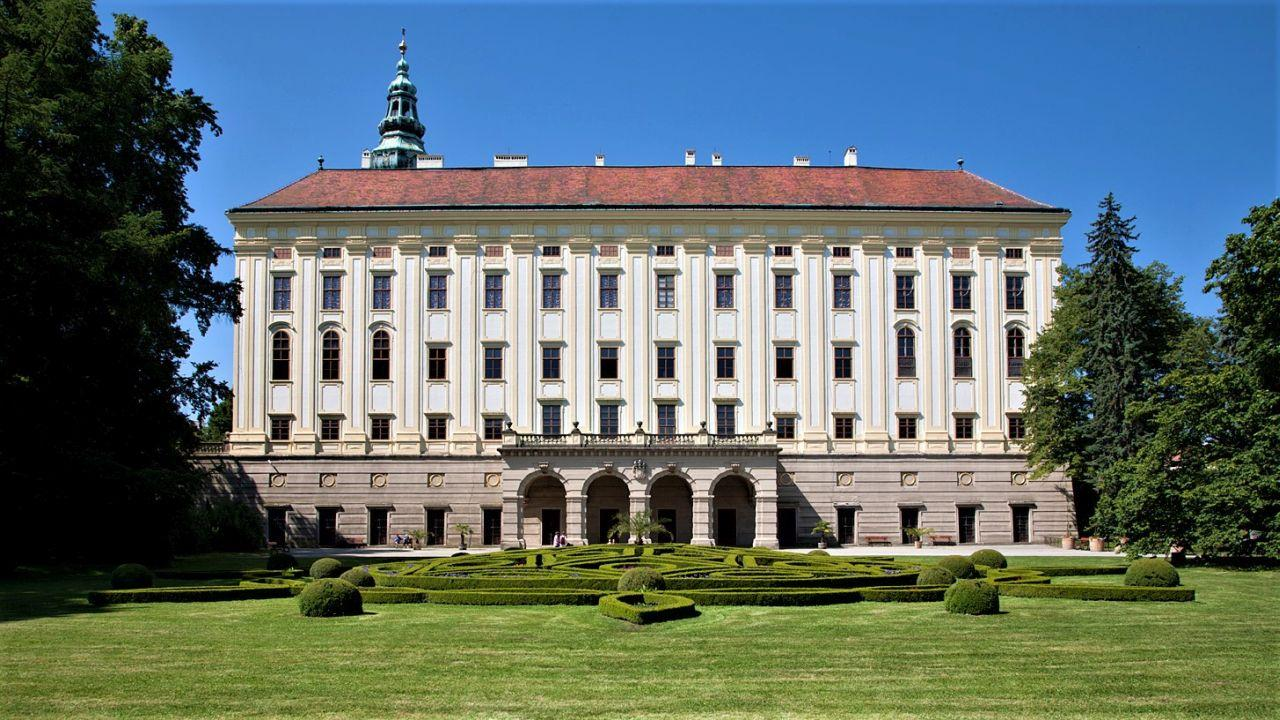 The Archiepiscopal Castle as well as both of the gardens of Kroměříž were used by Bishops and Archbishops as their representative seat. Russian Czar, Austrian Emperors, Czech Kings and many other visitors were hosted here during the centuries. – © Olomouc Museum of Arts