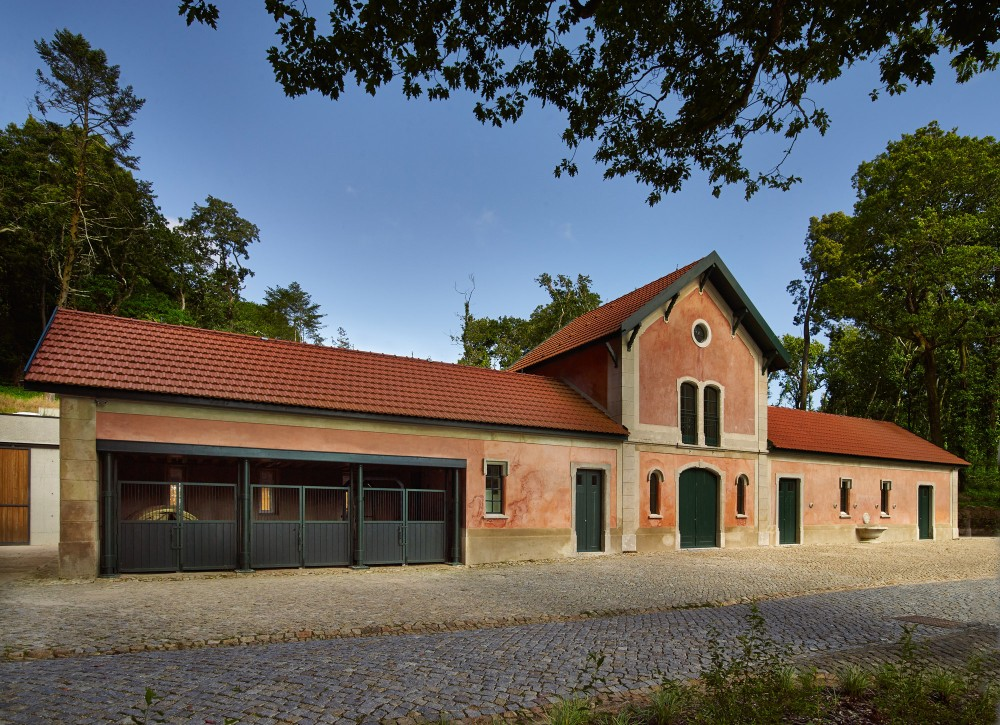 The Stables of Pena Farm, a building intended for agricultural activities, includes stalls and a barn for storing fodder and agricultural implements. – © PSML / Angelo Hornak