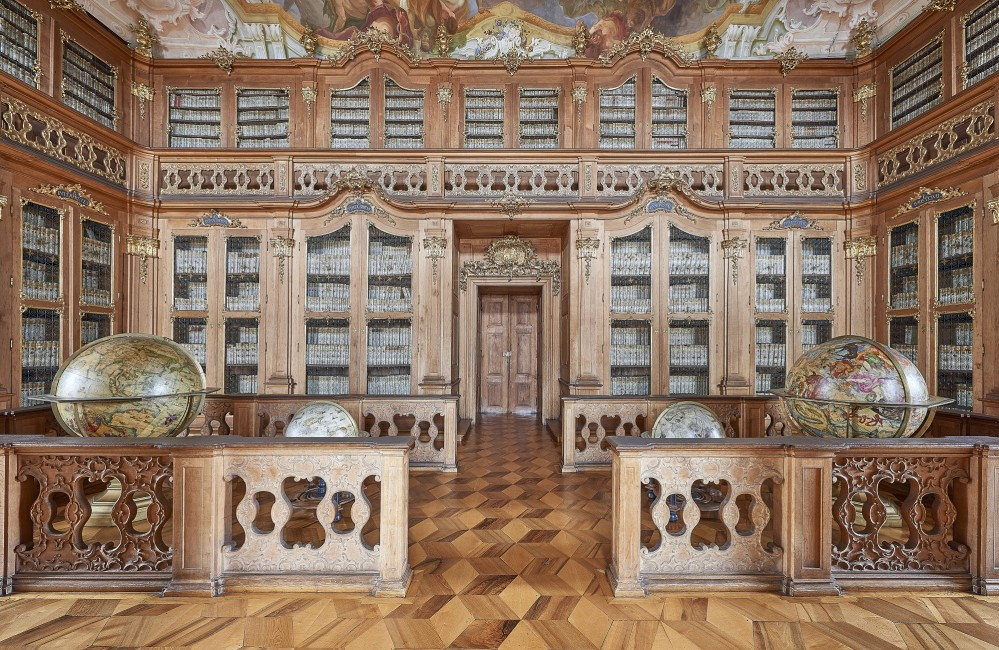 The palace library is the largest and most valuable historical library in the Czech Republic. It was founded by Bishop Karl von Liechtenstein-Castelcorno around 1694. – © Tomas Vrtal