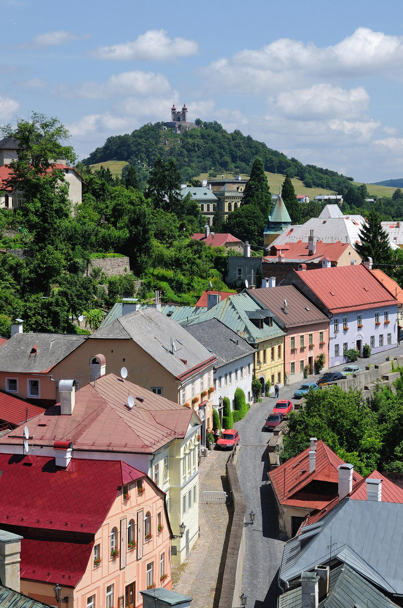 Travellers are as intrigued by the historical town of Banská Štiavnica as they are the mines. Dolná Ružová Street is one of its most beautiful avenues. – © Maran Garai / Shutterstock
