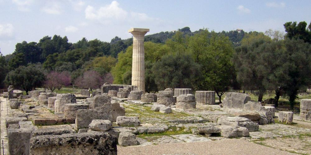 The Doric temple of Zeus (476-457 BCE) is famous for its splendid sculptural decoration and the colossal statue of the god, a masterpiece of Pheidias. – © Hellenic Ministry of Culture and Sports / Ephorate of Antiquities of Ilia