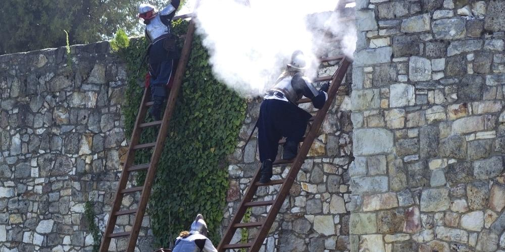 Enactment of the battle of the Sárospatak castle in the town's summer historical festival on the third weekend of June. – © Laszlo Varadi
