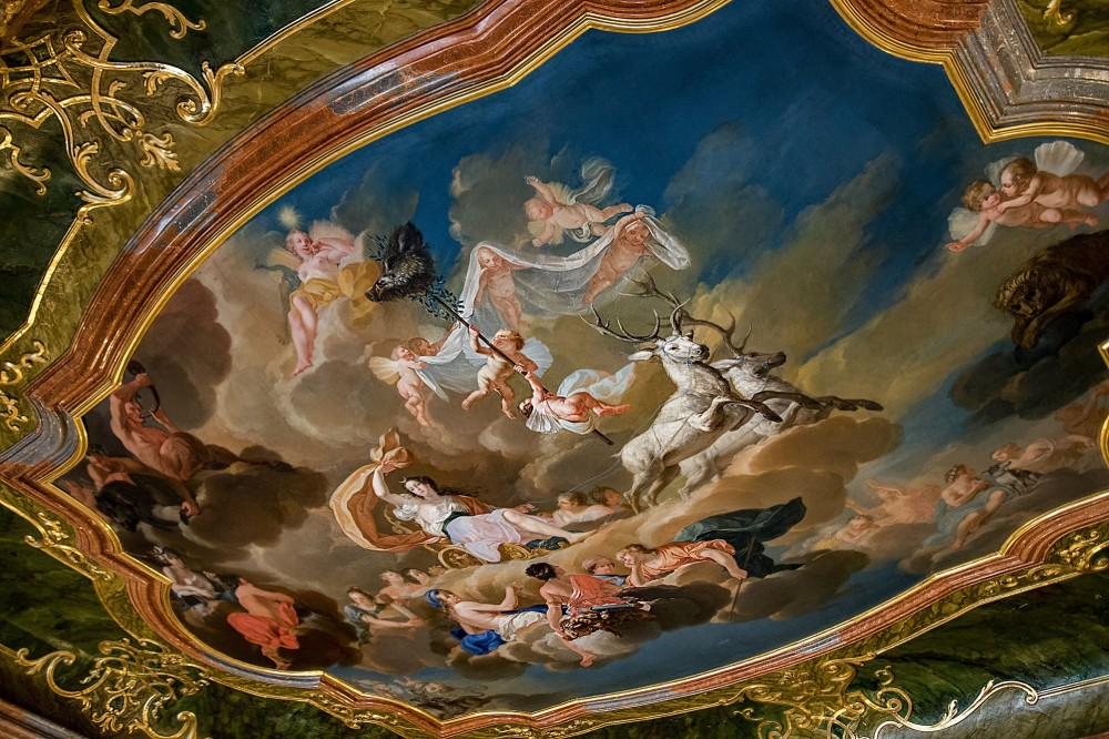 Marvelous Baroque ceiling paintings decorate the rooms in the main tour of the Valtice castle. – © Roman Pěnčák