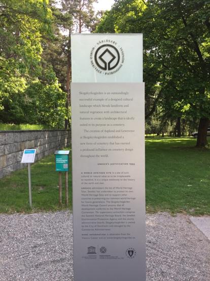 Raising awareness of UNESCO Heritage status with signage around the site – © Johanna Devine