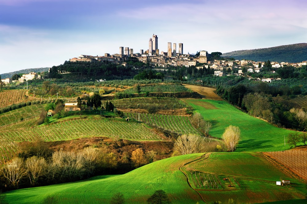 San Gimignano has retained its appearance from medieval times with its architectural integrity and intact urban layout. – © Andrea Migliorini