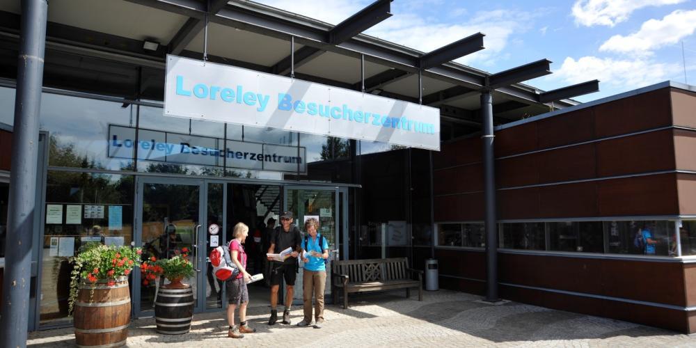 Le centre d'accueil des visiteurs de Lorelei a été construit en 2000 et attire aujourd'hui des visiteurs du monde entier. – © Harald Hartusch / Loreley-Touristik e.V.