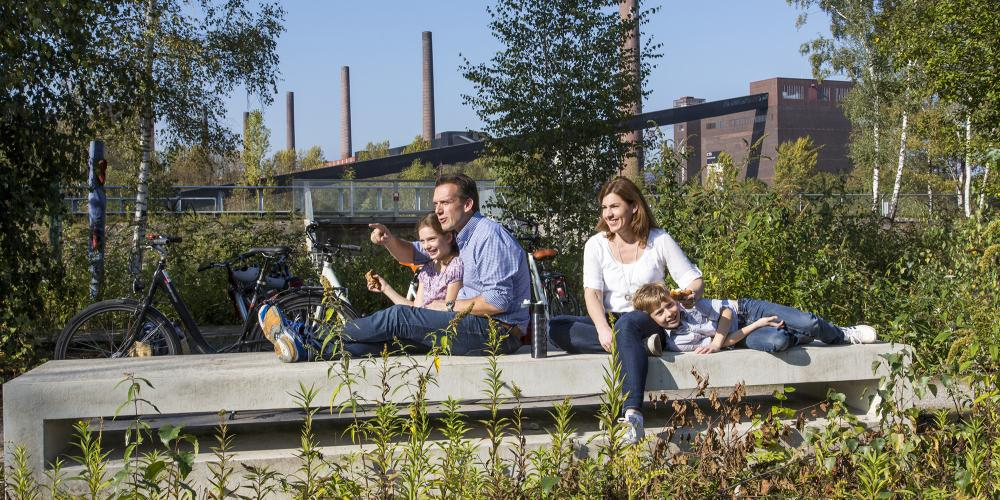 The Zollverein Park is a special nature and adventure area and therefore a popular destination for excursions. – © Jochen Tack / Zollverein Foundation