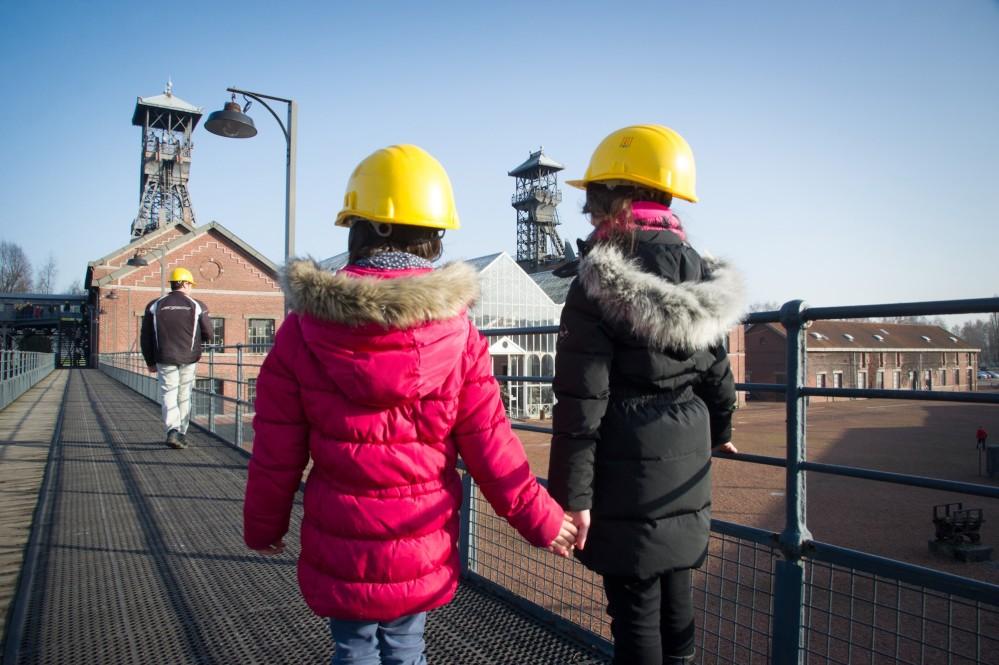 Les visites au Centre Historique Minier de Lewarde invitent les jeunes visiteurs à découvrir ce qui se passe sous la surface de la terre. – ©Jean-Michel André