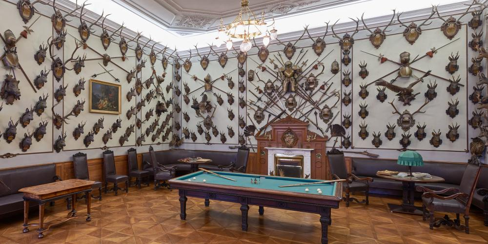 Hunting Hall was rebuilded in the 19th century at the occasion of the visit of Czar Alexander III and the Austrian Emperor Franz Josepf I. It was used as a smoking room and games room at that time. Up to now there are hunting trophies killed by Czar and Emperor. – © Tomas Vrtal