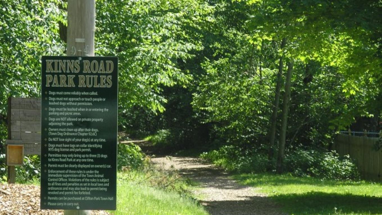 Trail entrance at Kinns Road Park – Jude Hazard