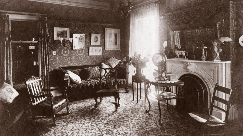 Historic Delong House parlor, ca. 1910 – Unk. photographer