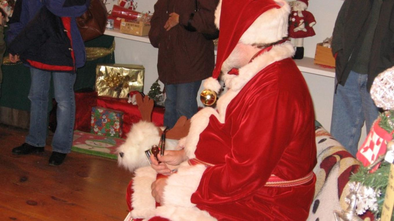 Santa loves meeting kids at Gardenworks