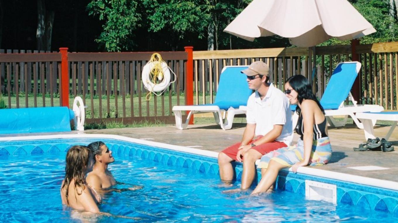 Even with our gorgeous lake, the pool is a popular spot! – Waldemar Kasriels