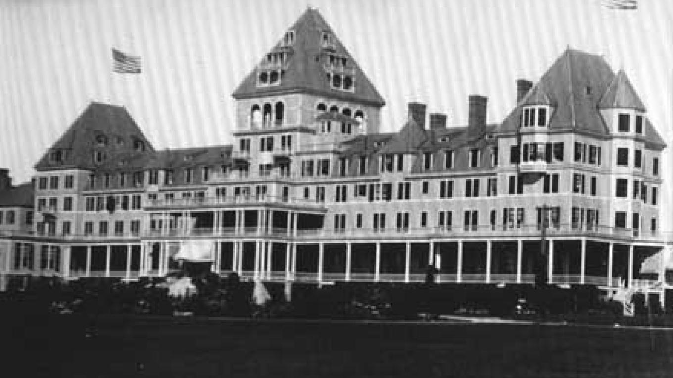 The Hotel Champlain was the epitome of luxury. – Courtesy Special Collections, Feinberg Library, Plattsburgh State University