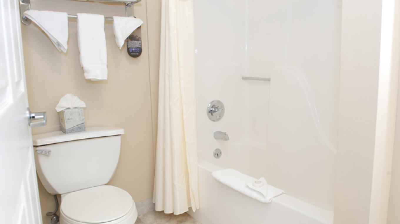 Cleanliness is key! Big bathrooms with updated amenities. – Megan Rechin