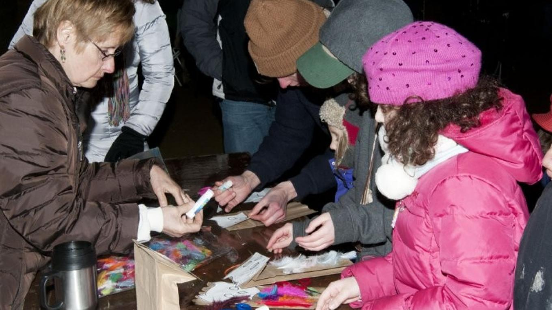 Kids Activity - owl puppet, World Awareness Children's Museum – Connie Bush