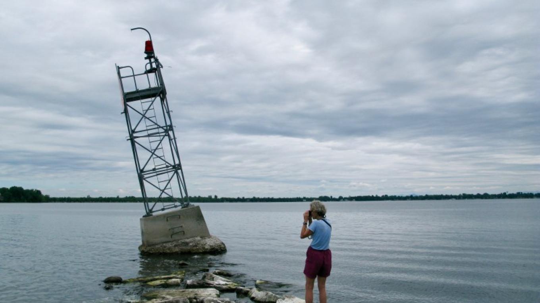 Paddler on Stony Point Breakwater. – Courtesy of Cathy Frank