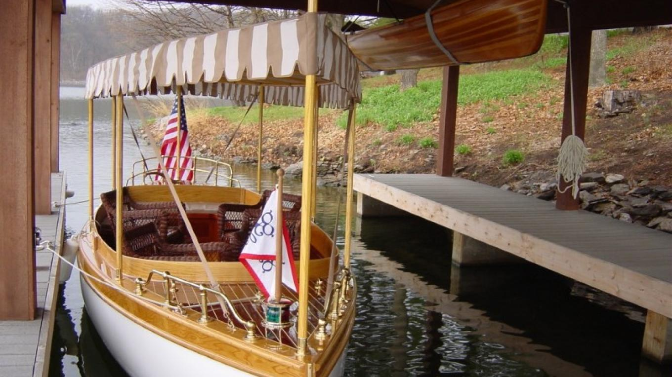 Join us for an evening boat tour of Friends Lake with wine and hors d'oeuvres in our Electric Launch