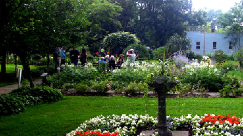 Ten Broeck gardens