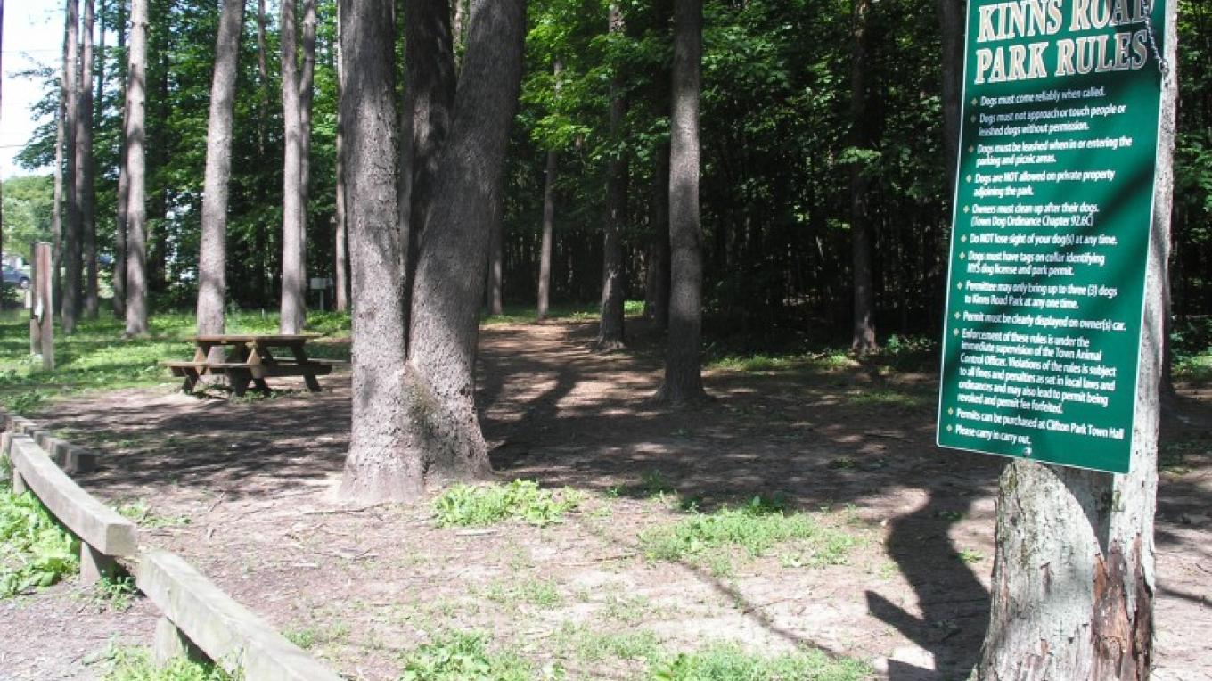 Picnic area and trail head at Kinns Road Park – Jude Hazard