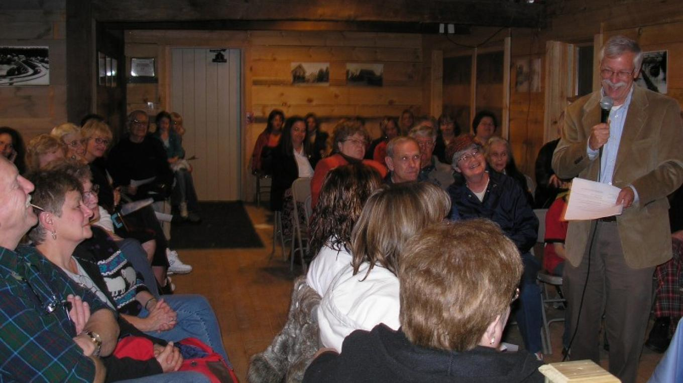 Town Historian giving a presentation during an event at Historic Grooms Tavern. – Myla Kramer