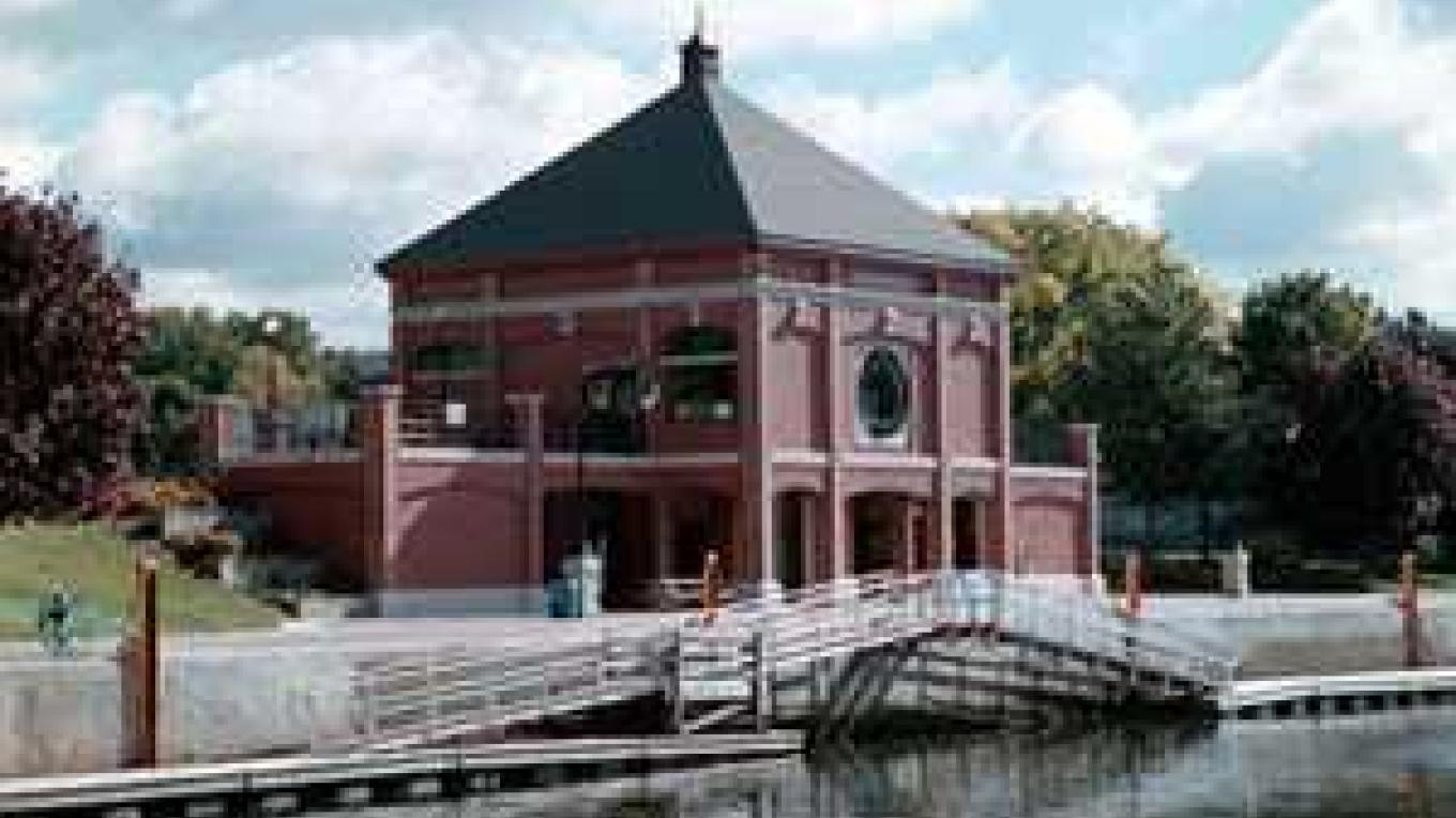 Waterford Harbor Visitors Center – Saratoga County Chamber of Commerce