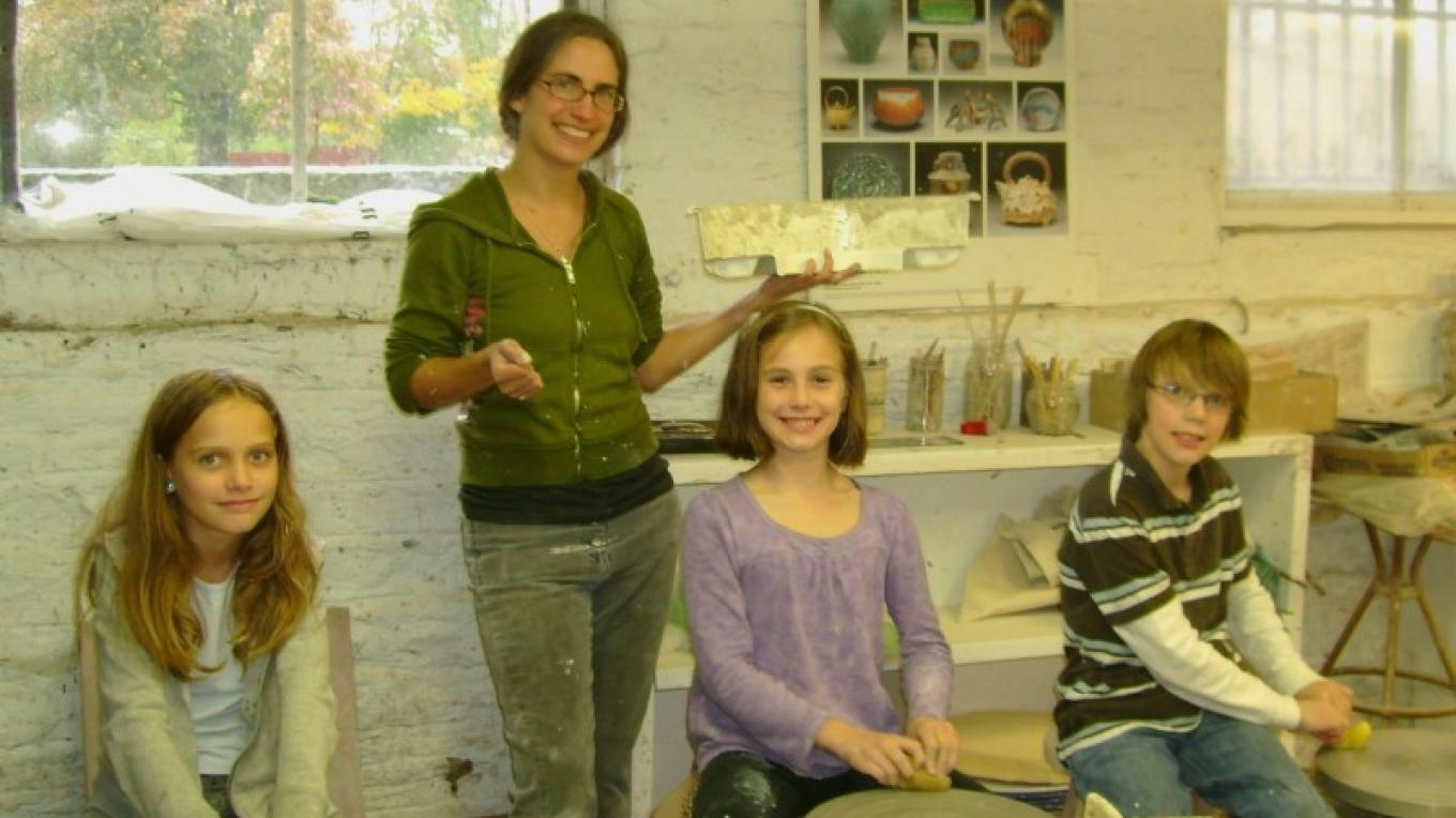 Young students in the pottery studio – Donna Farringer