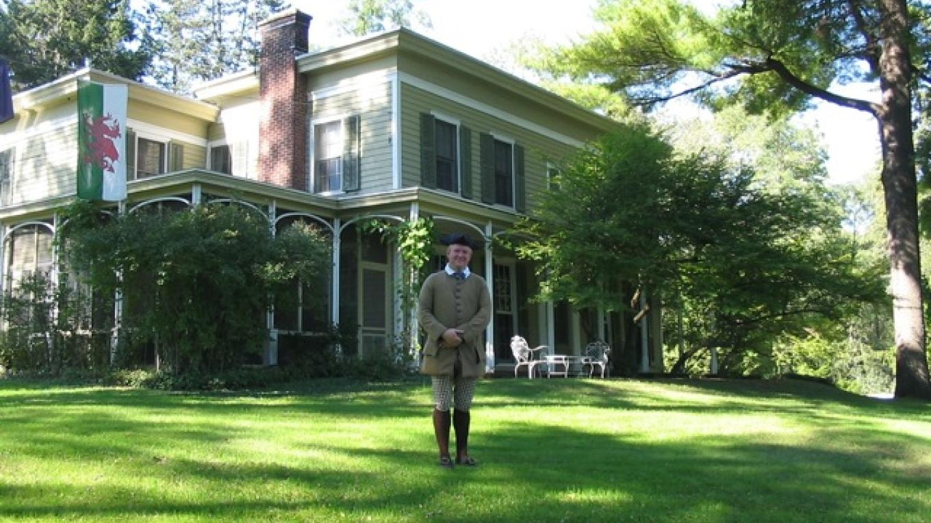 Town Historian, Sean Kelleher, at The Marshall House – David Bullard