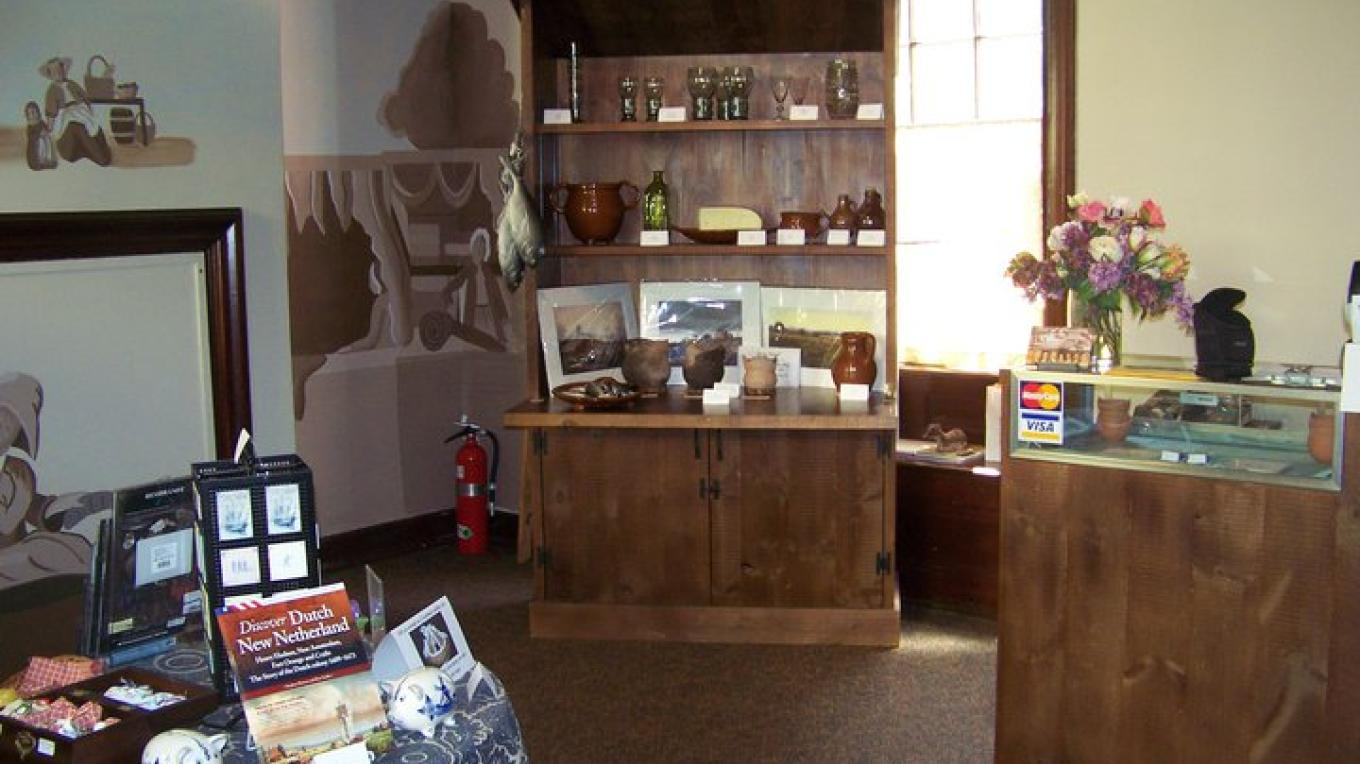 Crailo's Marketplace and Museum Shop