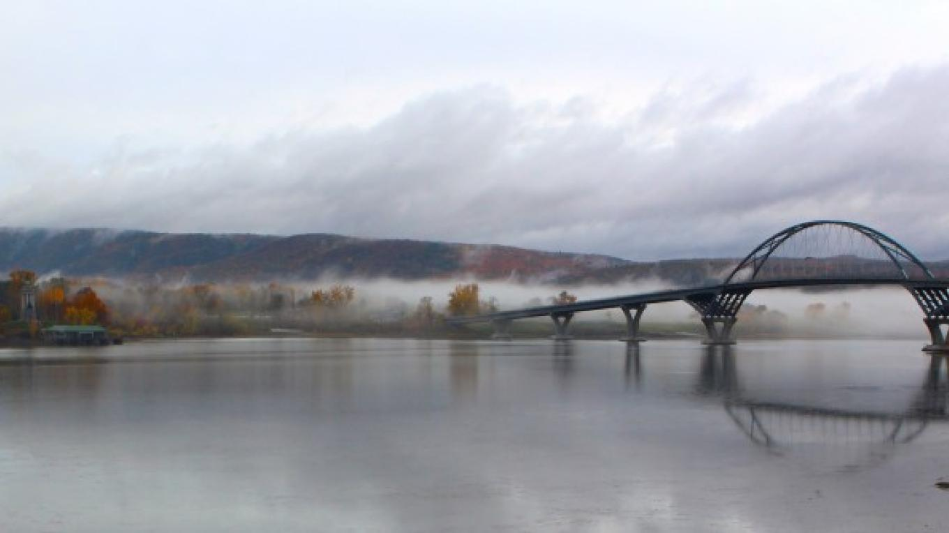 The Champlain Bridge Trail is an easy, accessible walk connecting Vermont and New York – Jen Zahorchak