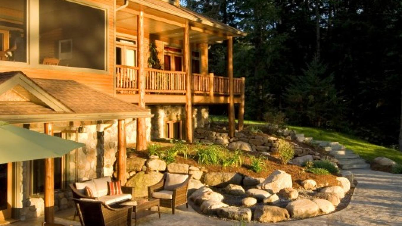 "The patio with a hot tub is especially nice ""under the stars"" .... – Randall Perry Photography"