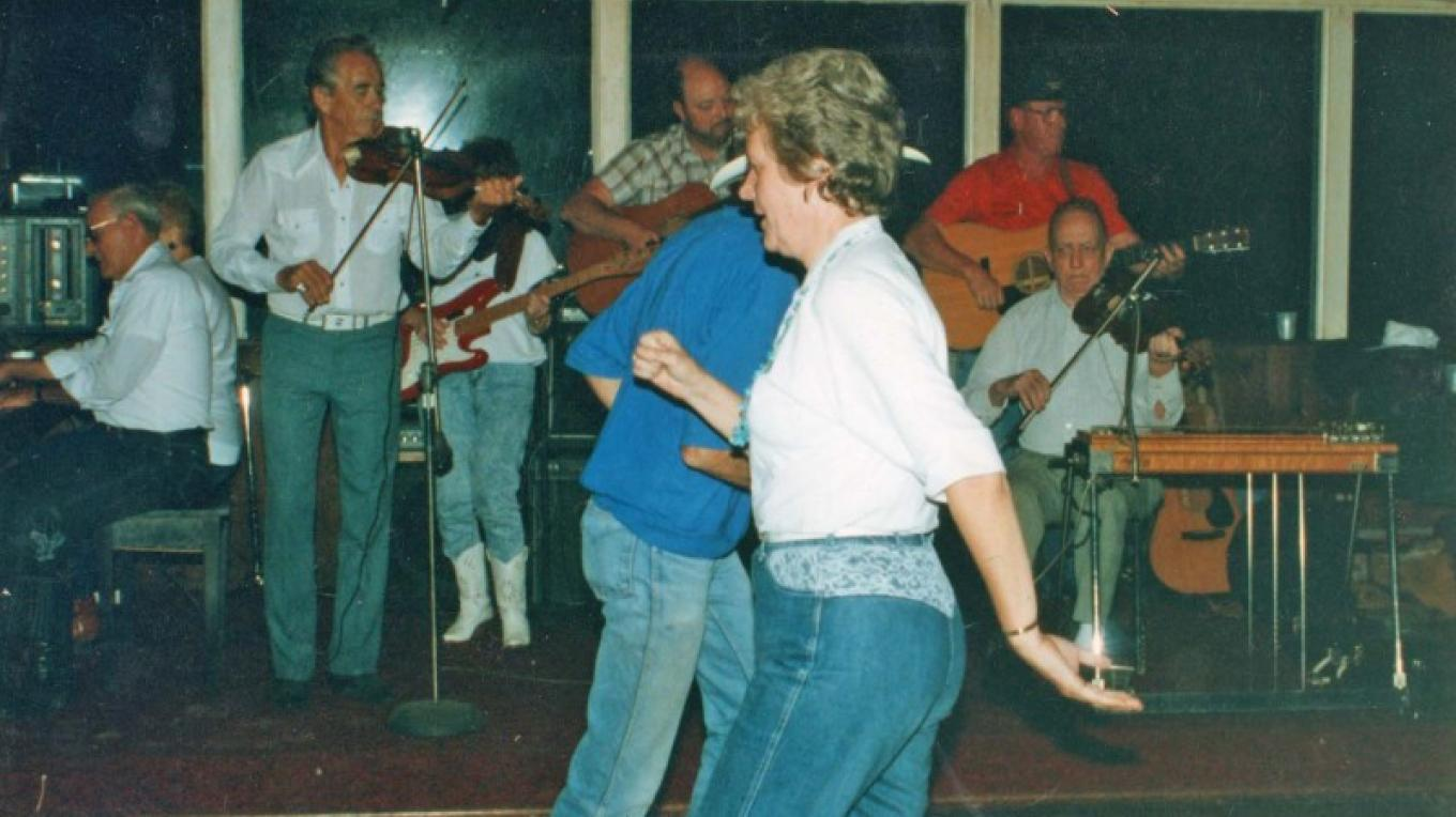 Square Dance at the Stony Creek Inn – Lori Leeman