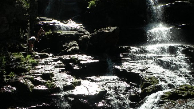 Shelving Rock Falls – Dan Ladd