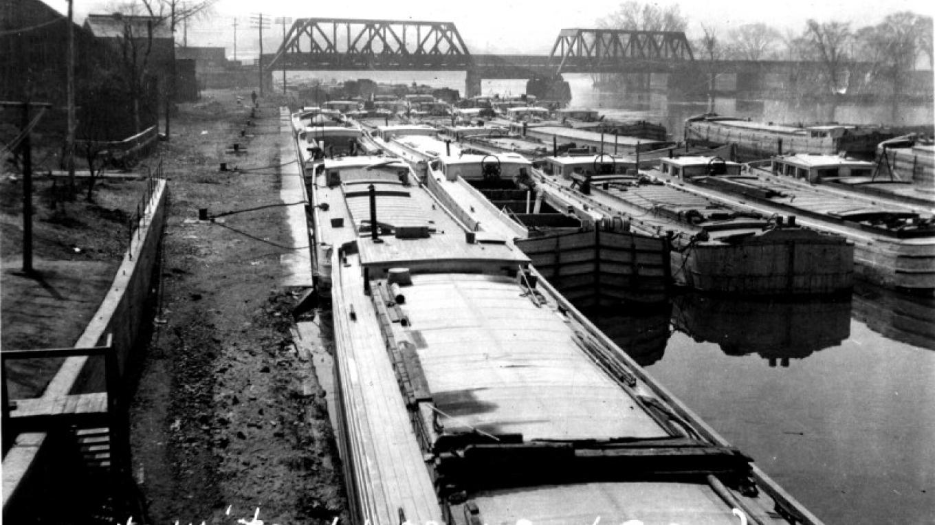 Boats awaiting the opening of the canal. – Waterford Historical Museum and Cultural Center