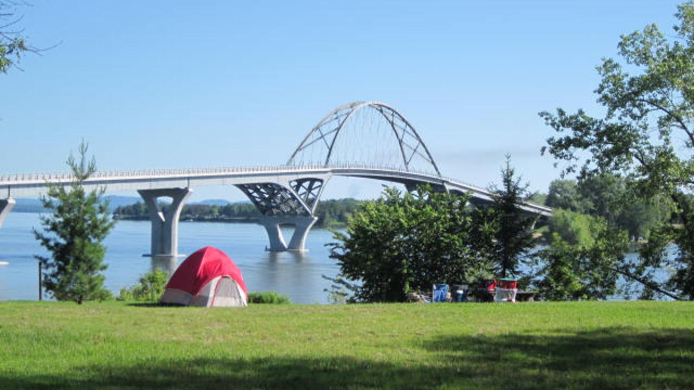 The Champlain Bridge Trail is an easy, accessible walk connecting Vermont and New York – Chris Maron