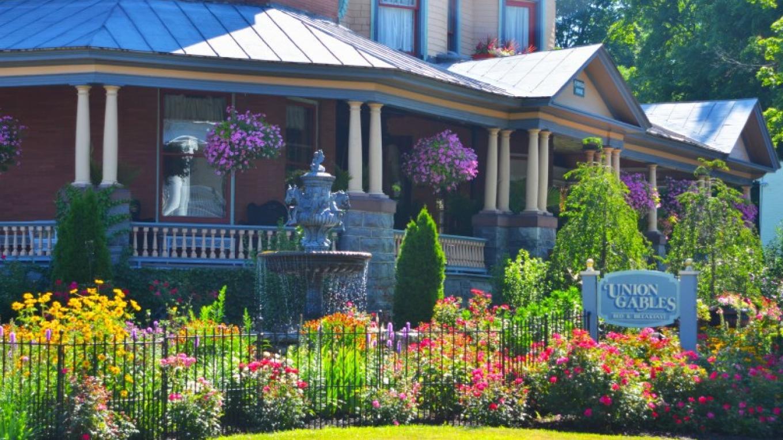 Award winning gardens at Union Gables