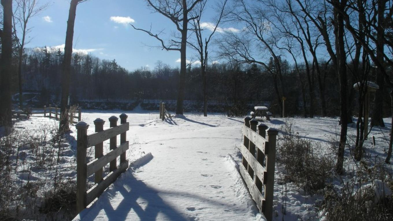 Winter picture of boardwalk leading to small boat access into Mohawk River at Mohawk Landing – Jennifer Viggiani