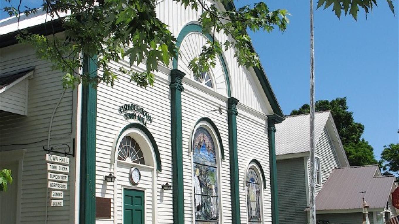 Elizabethtown Town Hall