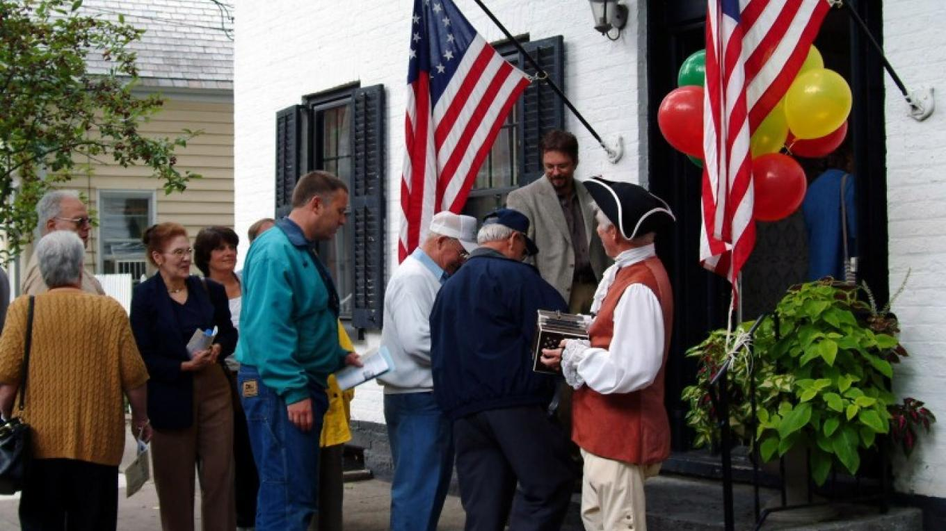 The annual Stockade Walkabout is one of the best ways to see the historic district. – Downtown Schenectady Improvement Association