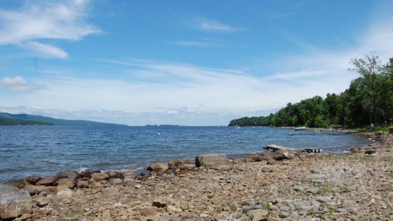 Corlear Bay