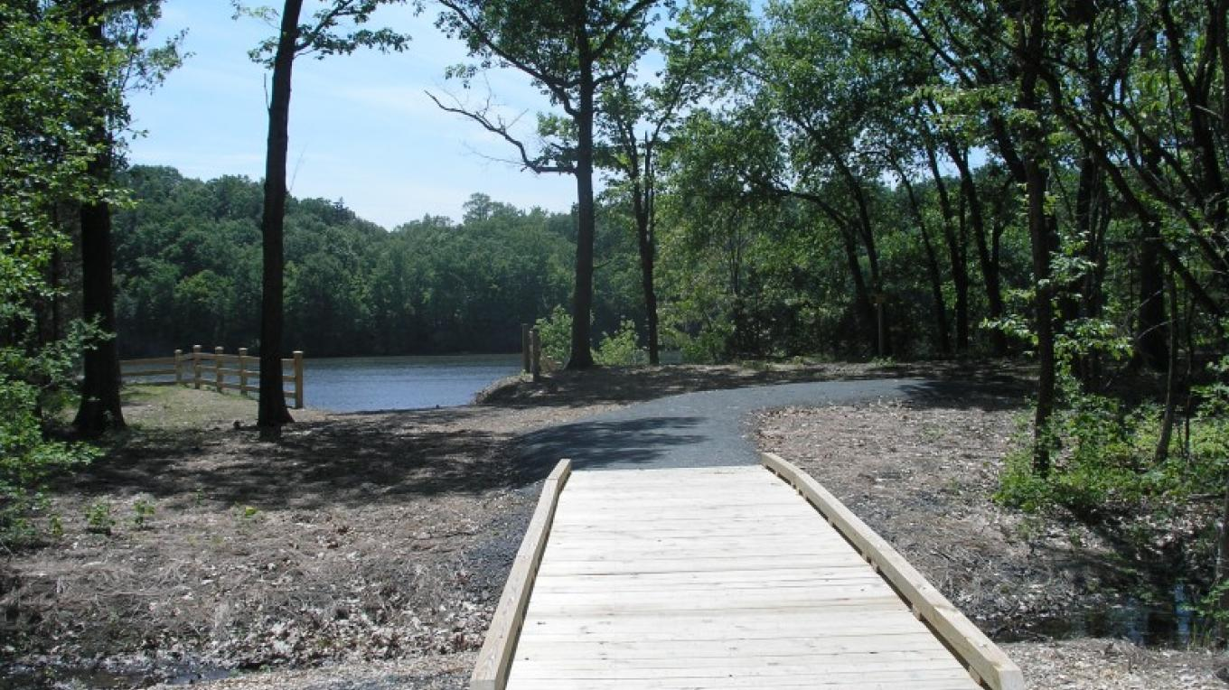 Boardwalk leading to boat launch and river overlook at Mohawk Landing – Jude Hazard