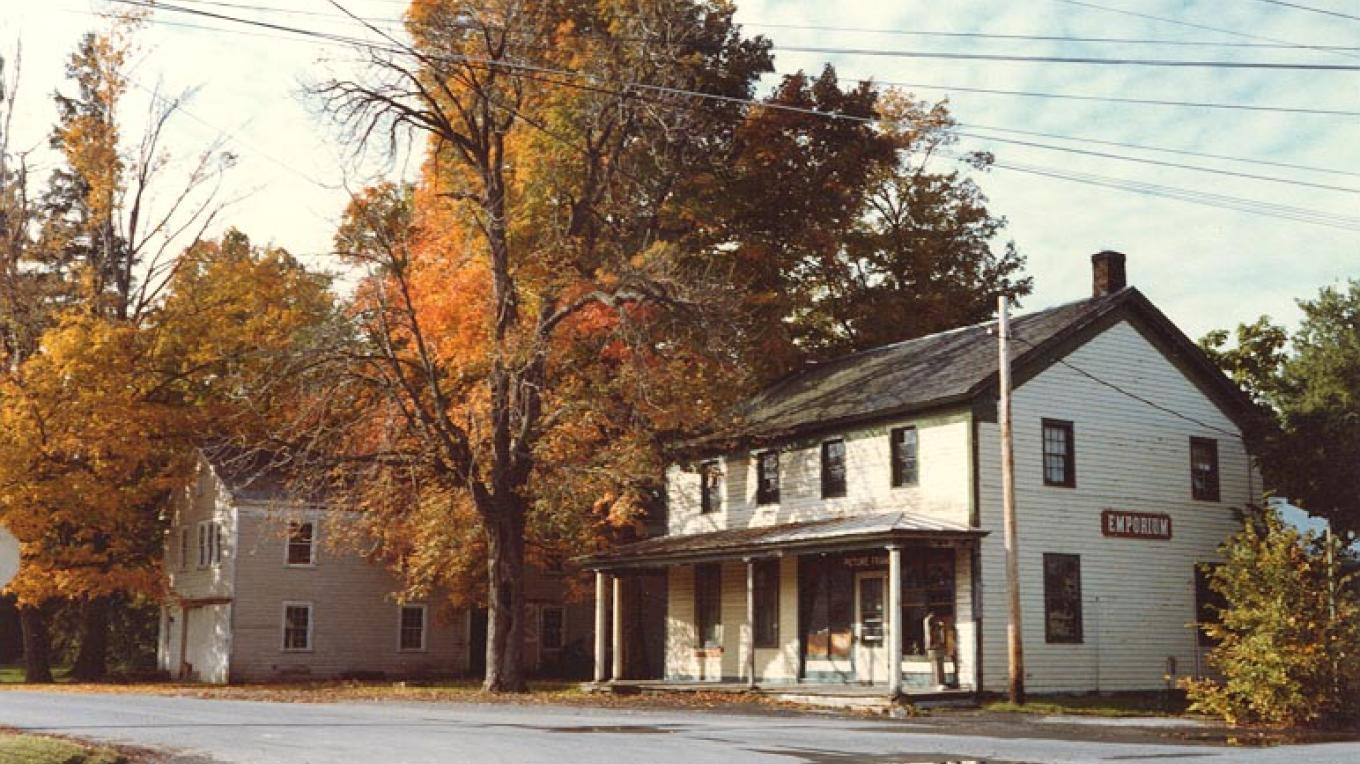 Grooms Tavern and Blacksmith Shop, 1972 – unknown