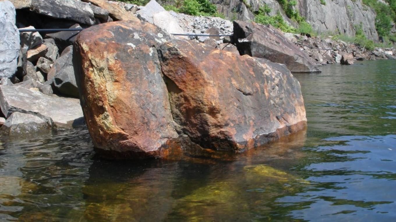 Iron-rich rocks north of Port Henry. – Courtesy of Cathy Frank