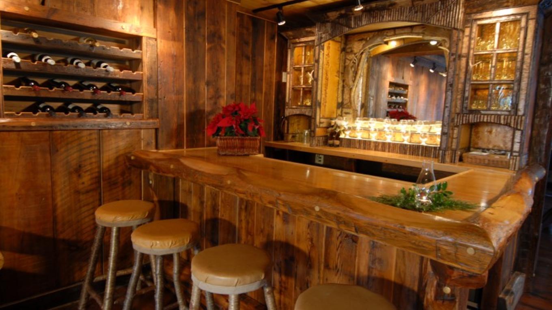 Tavern bar – Frank Konesky