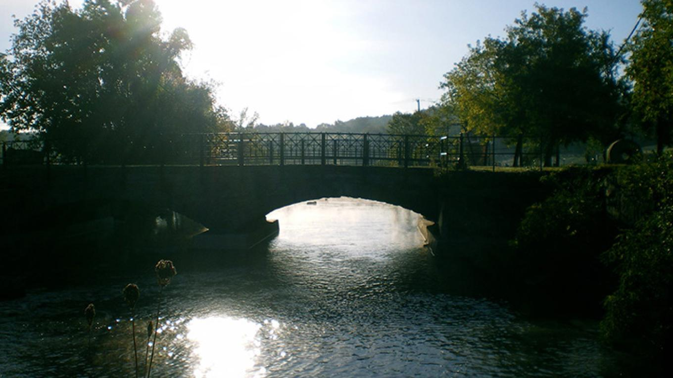 Pedestrian bridge over La Chute River. – Courtesy of PRIDE of Ticonderoga