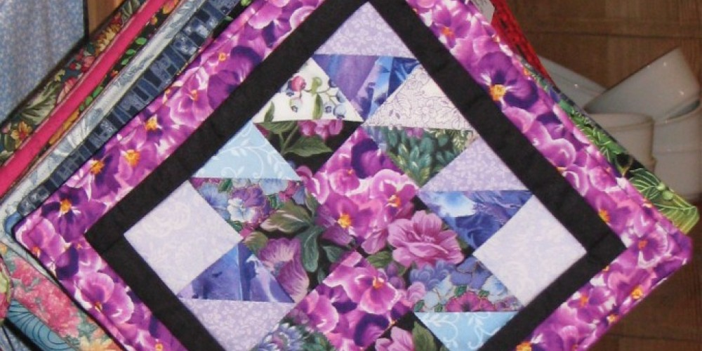 Janet crafts pot holders with the same attention to design and detail as the larger pieces. – k