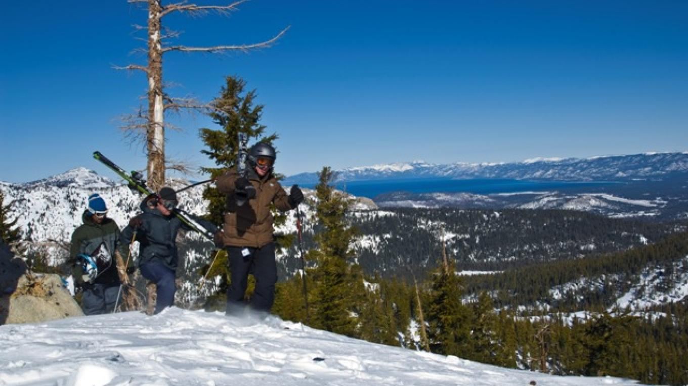 Incredible views of the Lake Tahoe basin and surrounding national forest from the top of Grandview Express – Jorik Blom