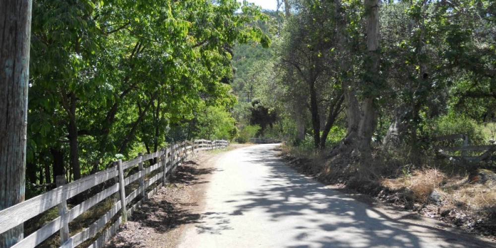 A picturesque portion of North Fork Drive in Kaweah, California. – The Kaweah Commonwealth