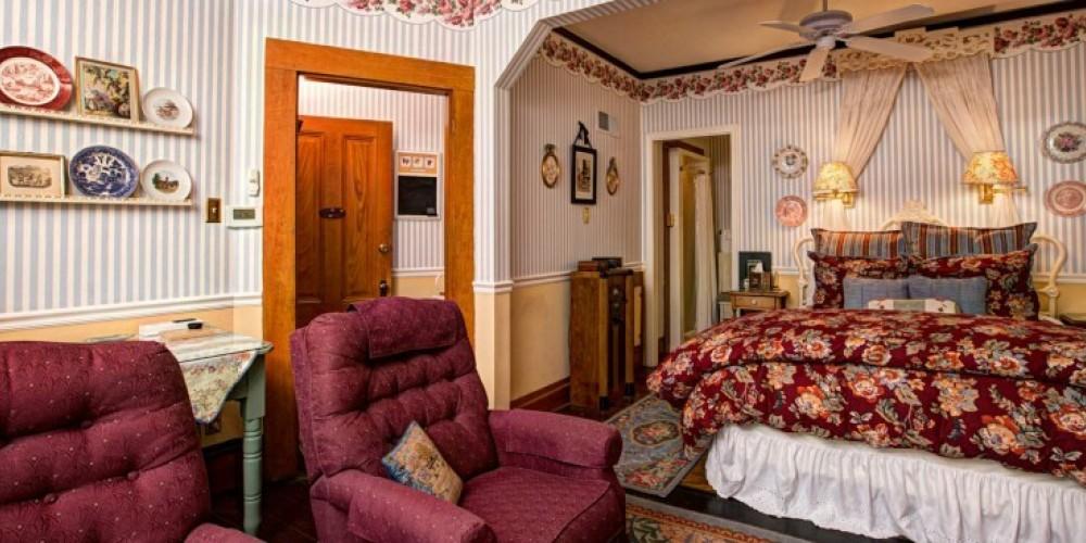 The Sugar Pine Dunbar House Inn and Event Property in Murphys, California. http://www.dunbarhouse.com – digimanstudio.com
