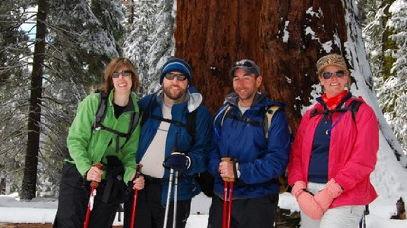 Yosemite Snowshoe Hiking Tour – John DeGrazio
